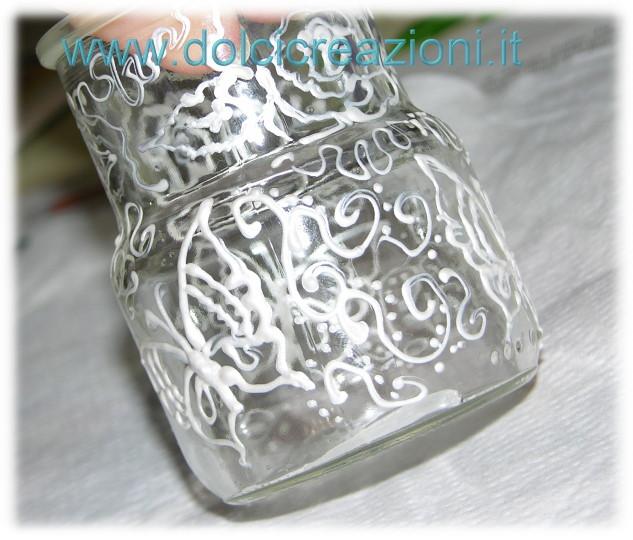 Vasetti di vetro decorati a mano for Disegni su vetro